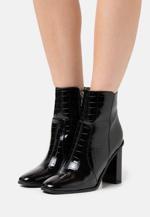 CINDY  - High heeled ankle boots - black