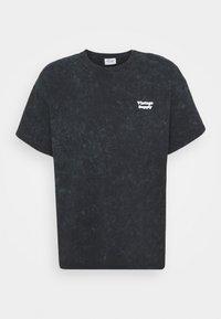 Vintage Supply - CORE OVERDYE - T-shirt z nadrukiem - black - 3