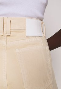 Proenza Schouler White Label - CULOTTE - Flared Jeans - sand - 3