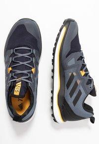 adidas Performance - TERREX AGRAVIC RUNNING - Obuwie do biegania Szlak - tech indigo/core black/legend ink - 1