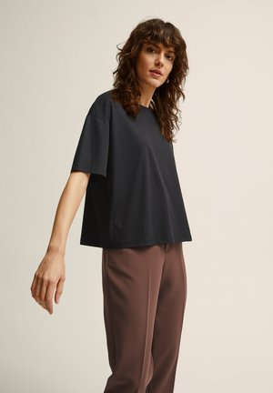 ALVA  - Basic T-shirt - black