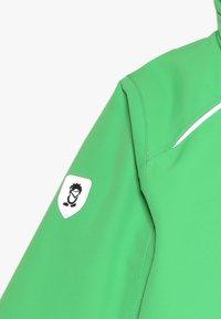TrollKids - KIDS HOLMENKOLLEN SNOW JACKET PRO - Snowboard jacket - bright green - 7