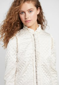 Needle & Thread - QUILTED  - Blazer - champagne - 4