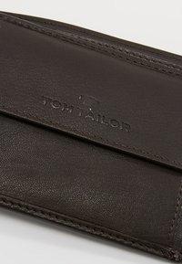 TOM TAILOR - KAI HORIZONTAL WALLET - Wallet - brown - 2