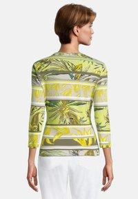 Betty Barclay - Light jacket - green/yellow - 2