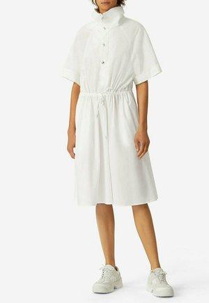 Vestido camisero -  blanco