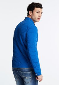 Guess - Winter jacket - blau - 2