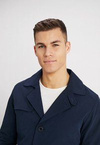 Selected Homme - SLHTIMES - Trench - dark sapphire - 4