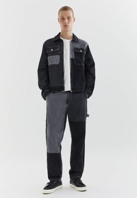 PULL&BEAR - MIT COLOUR-BLOCK - Straight leg -farkut - light grey - 1