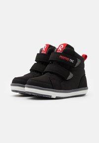 Reima - REIMATEC SHOES PATTER UNISEX - Chaussures de marche - black - 1
