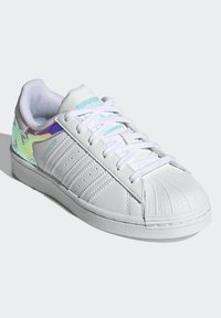 adidas Originals - SUPERSTAR J - Trainers - white - 1
