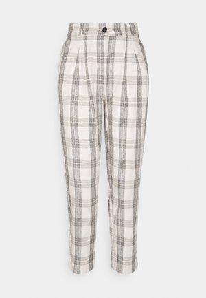 BYDOTHA CHECKED PANTS - Kalhoty - birch mix