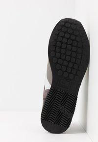 Cruyff - LUSSO - Sneakers - dark grey - 4