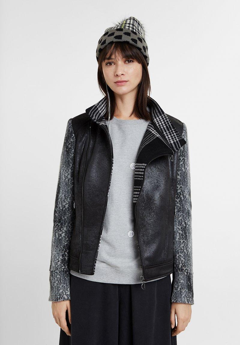 Desigual - OLAF - Light jacket - black