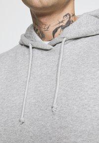 Cotton On - UNISEX ESSENTIAL - Hoodie - light grey - 5