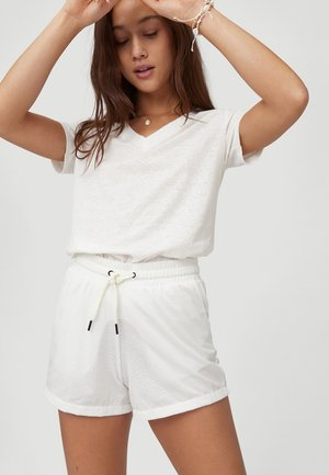 FOUNDATION - Shorts - powder white