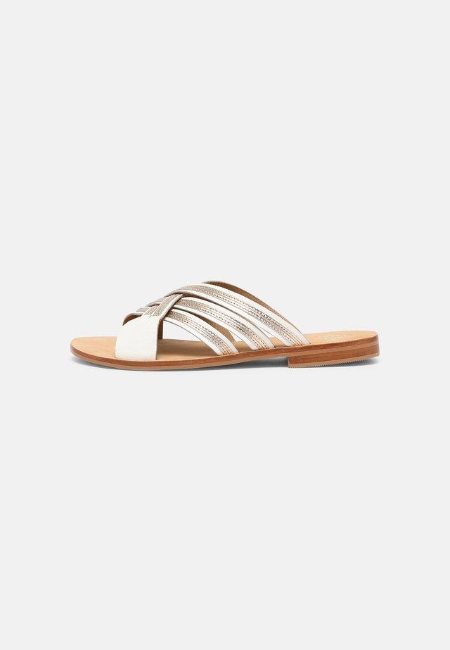 INDILAM - Pantofle - ivoire/or
