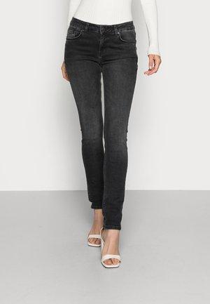 ASPEN  - Slim fit jeans - hara wash