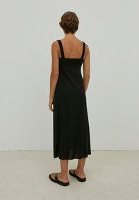 EDITED - SHILOH - Maxi dress - schwarz - 4