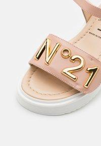N°21 - Sandals - light pink - 5