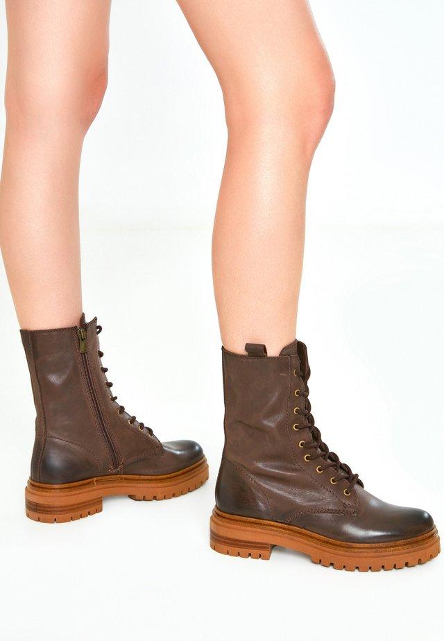 Platform ankle boots - dark brown dbn