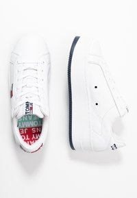 Tommy Jeans - ICONIC FLATFORM  - Joggesko - white - 3