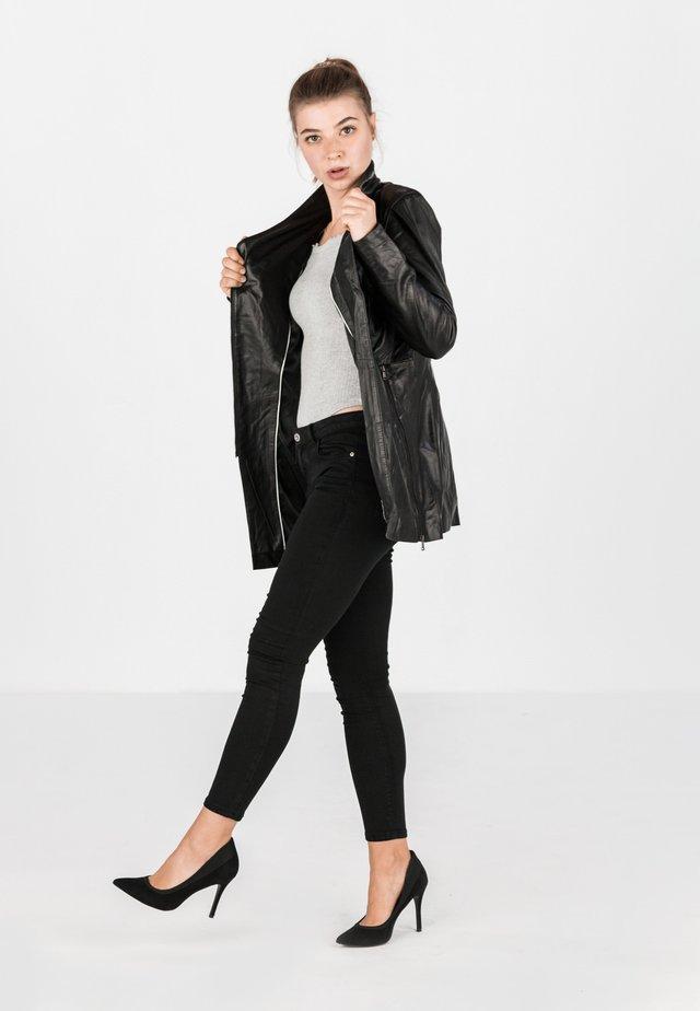 IBIZA - Short coat - schwarz