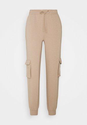 PCSARIA PANTS - Pantalon de survêtement - natural