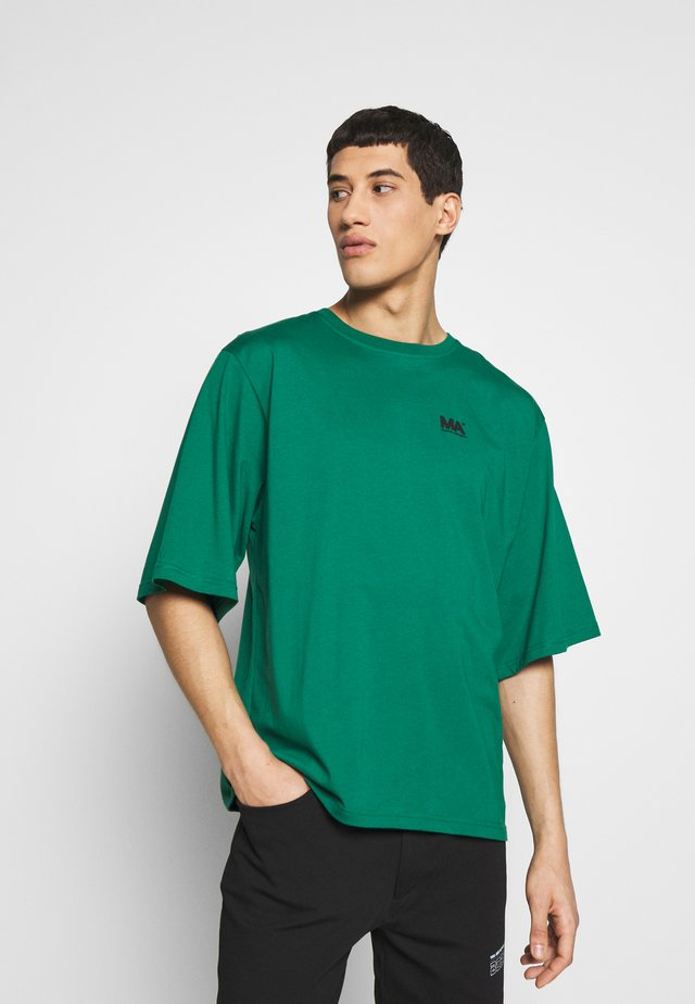 TEE - T-shirts - evergreen