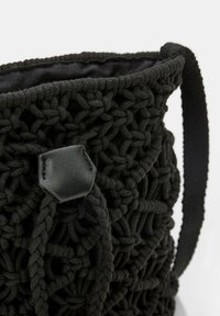 Esprit - Across body bag - black - 5