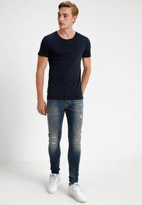 CHASIN' - EGO BLAIDD - Slim fit jeans - blue denim - 1