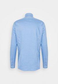 Calvin Klein Tailored - STRUCTURE SLIM  - Formal shirt - light blue - 7