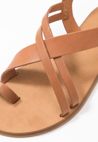 Office Wide Fit - SERIOUS - T-bar sandals - tan - 2