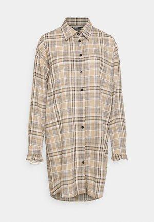 LONGLINE CHECKED SHIRT DRESS - Shirt dress - sand