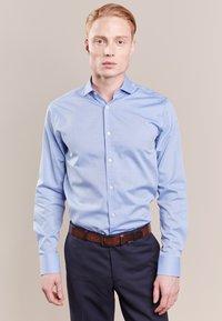 Tiger of Sweden - FARRELL SLIM - Camicia elegante - light blue - 0