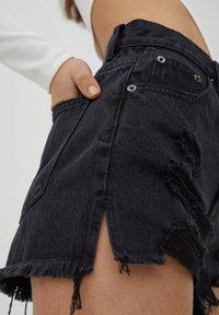 PULL&BEAR - Denim shorts - black - 4