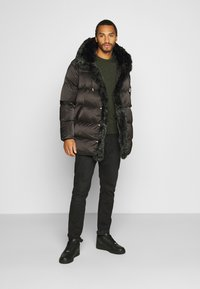 Glorious Gangsta - MAVIS  - Winter coat - black - 1