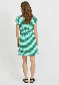 Vila - VIMOONEY STRING - Jersey dress - pepper green - 2