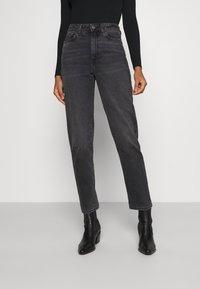 Even&Odd - Mom fit jeans - Jeans Skinny Fit - black denim - 0