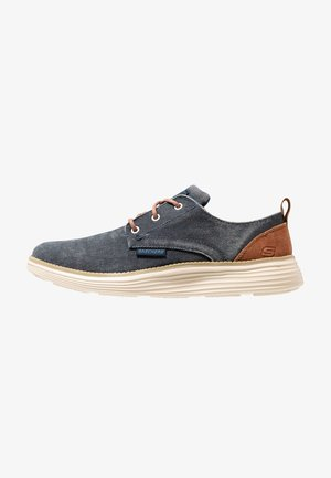 STATUS 2.0 PEXTON - Casual lace-ups - navy