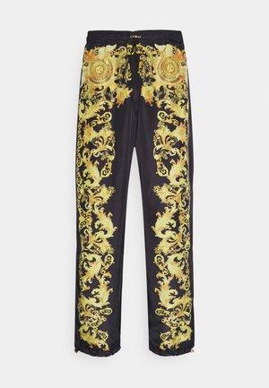 PRINT BAROQUE - Teplákové kalhoty - black