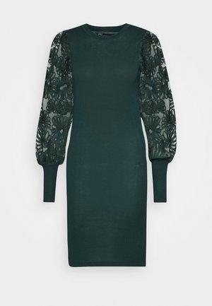 ONLFLORA DRESS  - Robe pull - ponderosa pine