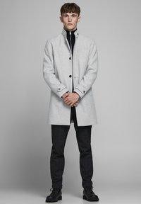 Jack & Jones PREMIUM - Classic coat - light grey melange - 1