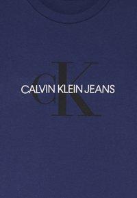 Calvin Klein Jeans - MONOGRAM LOGO UNISEX - Print T-shirt - blue - 3
