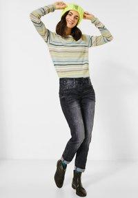 Cecil - LOOSE FIT  - Slim fit jeans - schwarz - 1