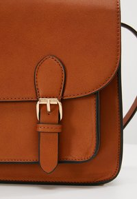 Even&Odd - Across body bag - cognac - 6