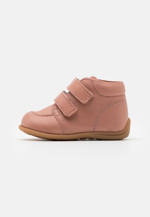 LUCA - Touch-strap shoes - nude