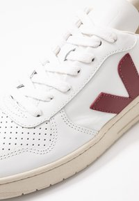 Veja - V-10 - Sneakers laag - extra white/marsala/dried petal/orange fluo - 2