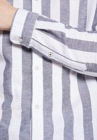 Jack & Jones - JJESUMMER - Shirt - mottled blue - 5