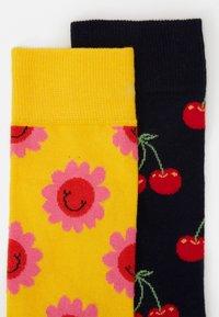 Happy Socks - FLOWER CHERRY 2 PACK - Socks - medium yellow - 1